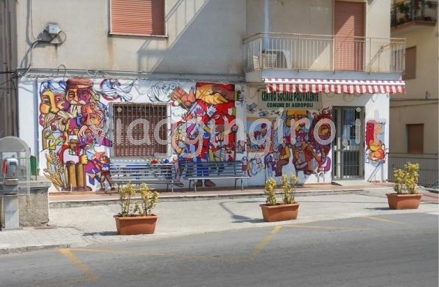 murales al centro anziani