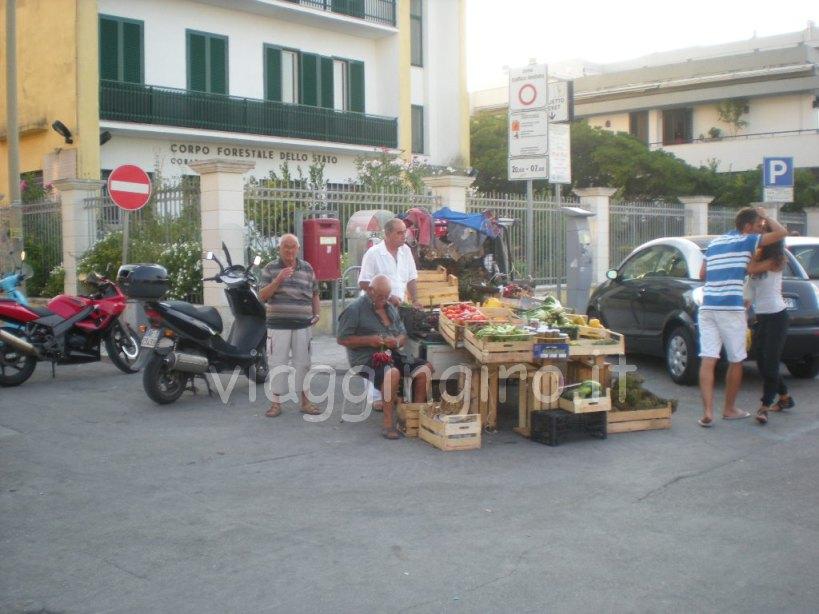 mercatino di produttori locali